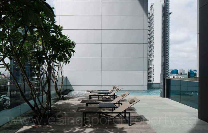 TwentyOne Angullia Park Showflat . Sky Pool Terrace
