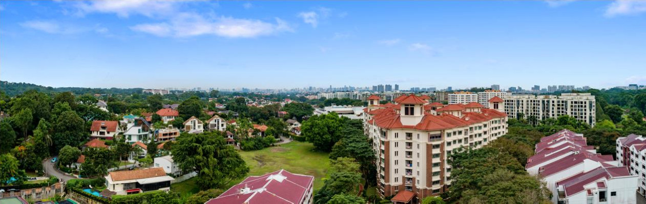 Mayfair Gardens Condo East View from Level 5 . Greenery & Landed Estate